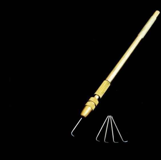 4 stücke Nadeln/Made in Korea + 1 stück Goldene Haken Verkauf Lüftungs Nadel Set werkzeuge Machen eine Persönliche Volle Spitze Menschlichen Perücke für Den Täglichen verwenden