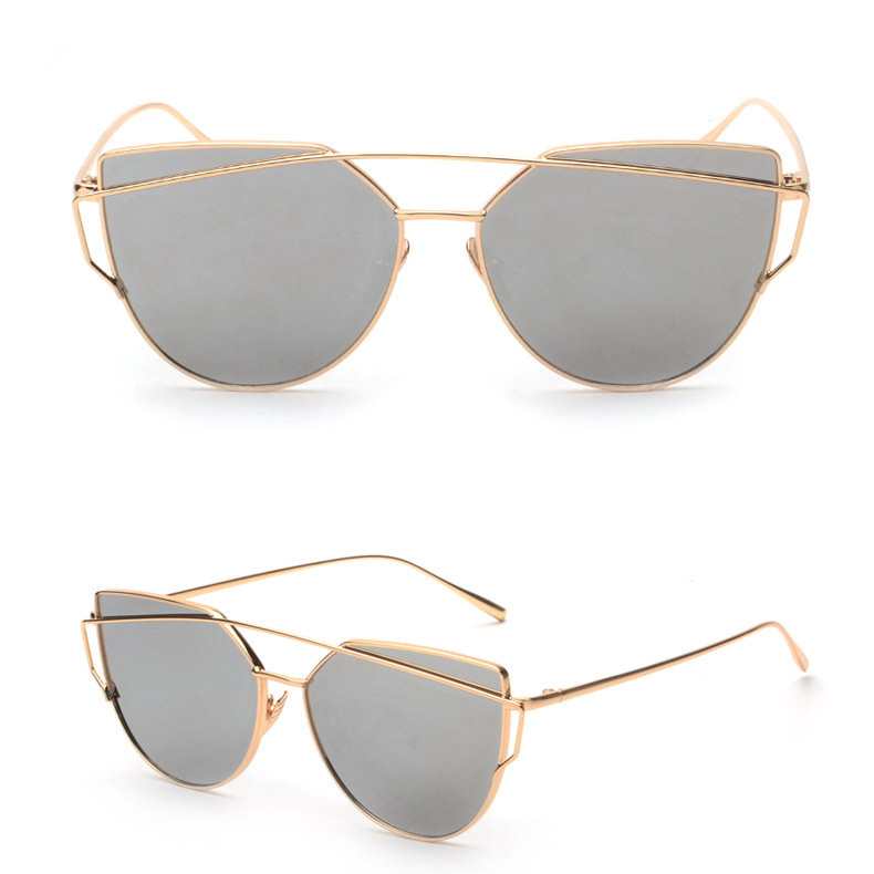 Oculos tumblr 2018 Women s holographic Sunglasses ayna Metal frame Glasses  luxe couple okulary sombra lunette de soleil femme-in Sunglasses from  Apparel ... a820f208ad6e