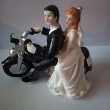 Творческий Романтический говорить на мотоцикле свадьба брак фигурка свадебный торт топперы Смолы Декора Любовник подарок