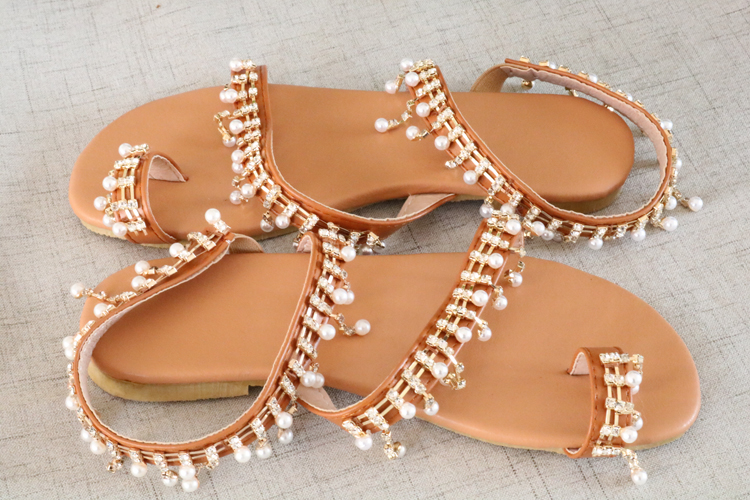 HTB1VSQSaI vK1Rjy0Foq6xIxVXao Women sandals summer shoes flat pearl sandals comfortable string bead slippers women casual sandals size 34 43