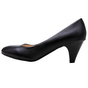 Image 4 - YALNN النساء الأحذية الأسود مضخات 5 سنتيمتر جديد ميد كعب مضخات وأشار اصبع القدم الكلاسيكية الأسود أحذية من الجلد مكتب السيدات أحذية
