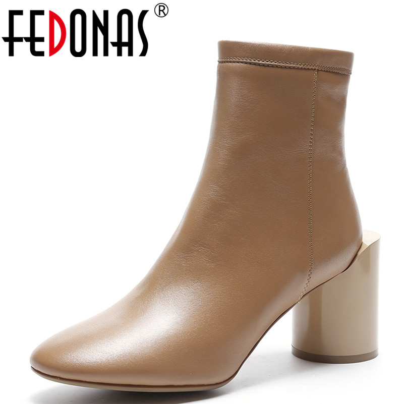 FEDONAS Women Sexy Thick High Heeled Autumn Winter Warm Snow Boots Genuine Leather Shoes Woman Motorcycle Boots New Martin Shoes fedonas new genuine leather snow boots women thick fur warm down mid calf winter boots round toe platform shoes woman black