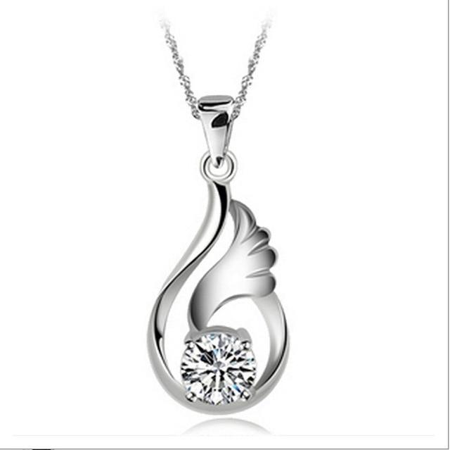Bijoux en cristal autrichien 2016 sans Nickel argent plaqué mignon collier en gros femmes pendentifs colliers