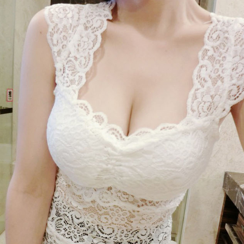 2018 Tank Tops Summer Style Ladies Tube Tops White Lace Blouse Shirt Hollow Out Sleeveless Lace Insert Sexy Tank Top Women Camis