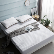 Bed Cover Brushed Fabric Quilted Mattress Protector Mattress Topper for Bed Anti-mite Mattress Cover D30 super warm lamb mattress thick lamb mattress anti slip mattress free shipping