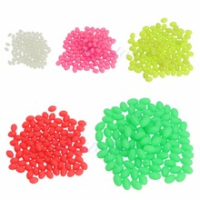 100Pcs Oval Hard Luminous Fishing Beads Sea Fishing Lure Floating Float Tackles 100 pcs green large hard rubber oval luminous fishing beads lumo glow beans sabiki snapper rig 5mm 8mm 10mm