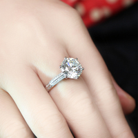 TransGems 5 캐럿 실험실 성장 모이 사 나이트 다이아몬드 여성 결혼 반지 실험실 다이아몬드 악센트 약혼 밴드 솔리드 14 천개 화이트 골드