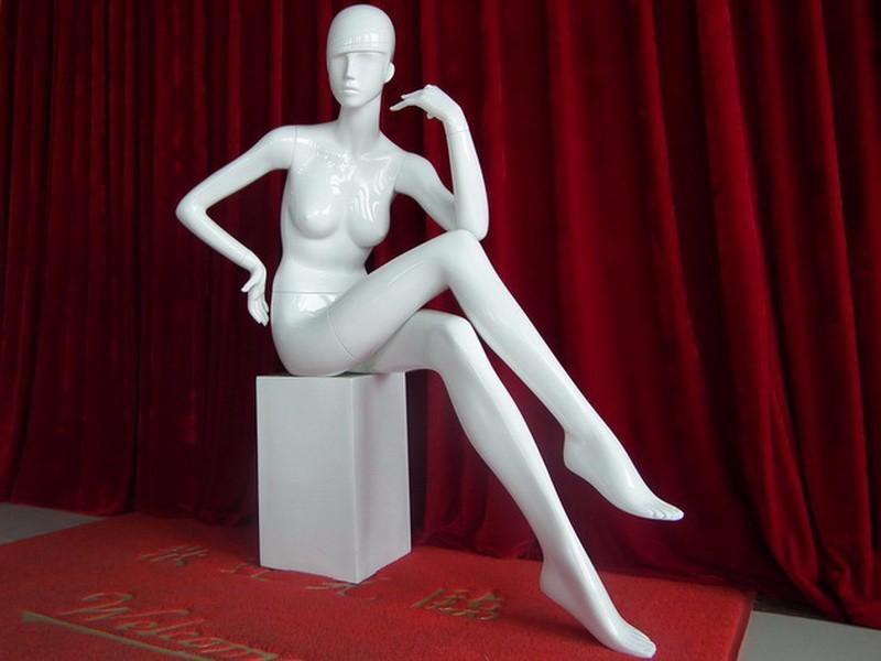 EMA-JG005X_mannequin_01