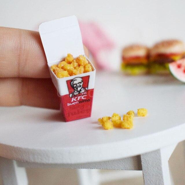 1 STÜCKE Nette Mini Ton Handgefertigte Simulation Huhn Popcorn 1:12 ...