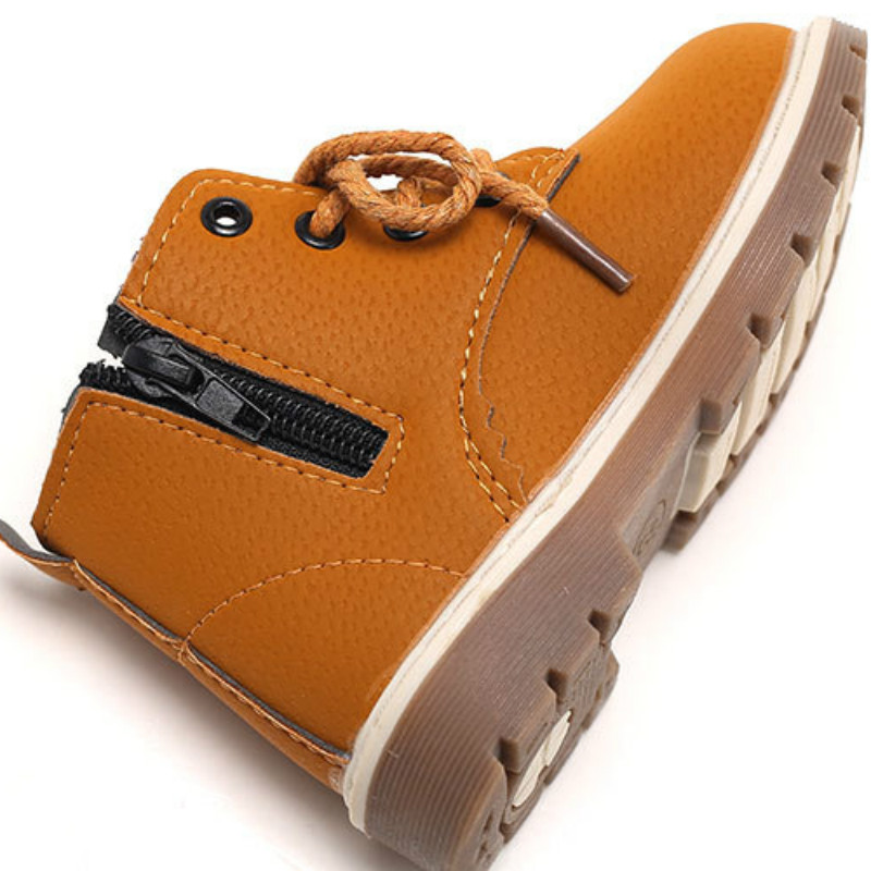 In the autumn of 2017 new shoes wholesale small boys shoes leather boots leisure children Martin boots boots