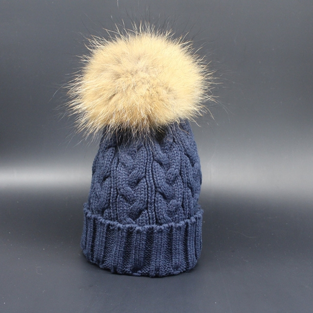 Capó Femme Mujeres Sombreros de Invierno 15 cm Mapache Verdadero Pom Pom Sombrero de piel Caliente de Punto Gorros Señora Caps Gorros En Laine Casquette