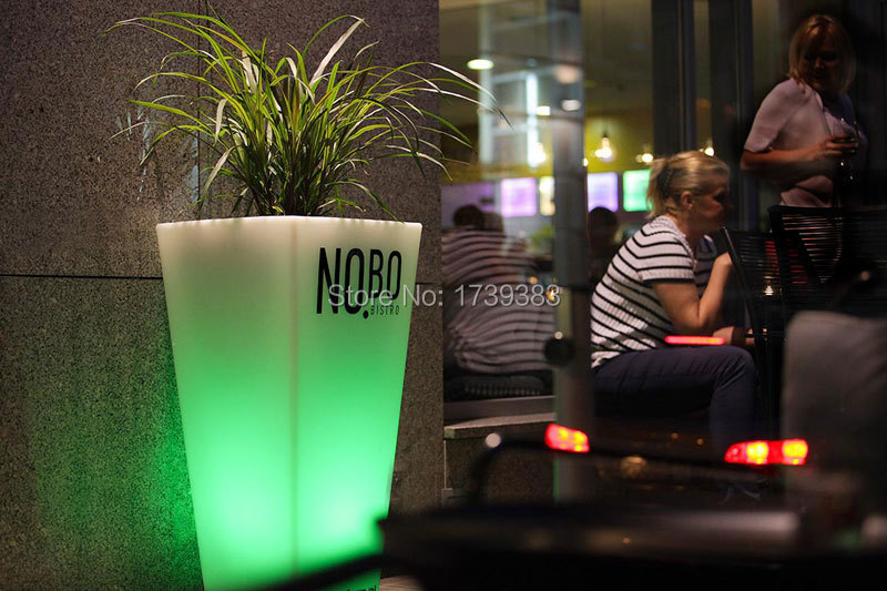 slide-gallery-contract-ristoranti-bar-restaurant-nobo-bistro-y-pot-polonia-2013-4