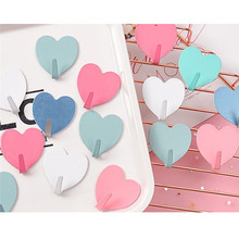 1pcs cute metal heart-shaped Wall Hook Mounted Sundries Hooks Durable Home Room no trace after paste door hook