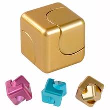 มินิอยู่ไม่สุขCube Rubik Cubeมือก้านมือด้านบนนิ้วอยู่ไม่สุขปั่นของเล่นSpiner Antistressของเล่นจับความเครียดบรรเทาเหยื่อ