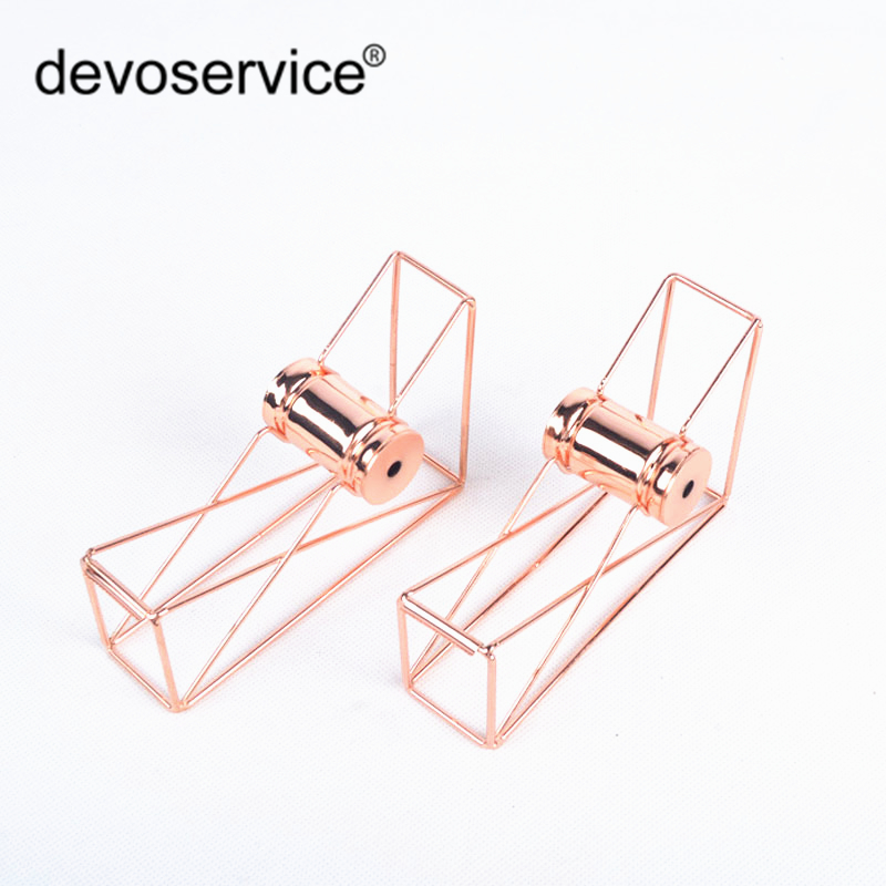 Simple Creative Metal Plated Rose Gold Color Hollow Tape Dispenser Office Desktop Decoration Washi Tape Holder With Tape Cutter rose gold desktop tape dispenser wire metal tape holder for 1 inch core brighten up your office desk top accessories supplies
