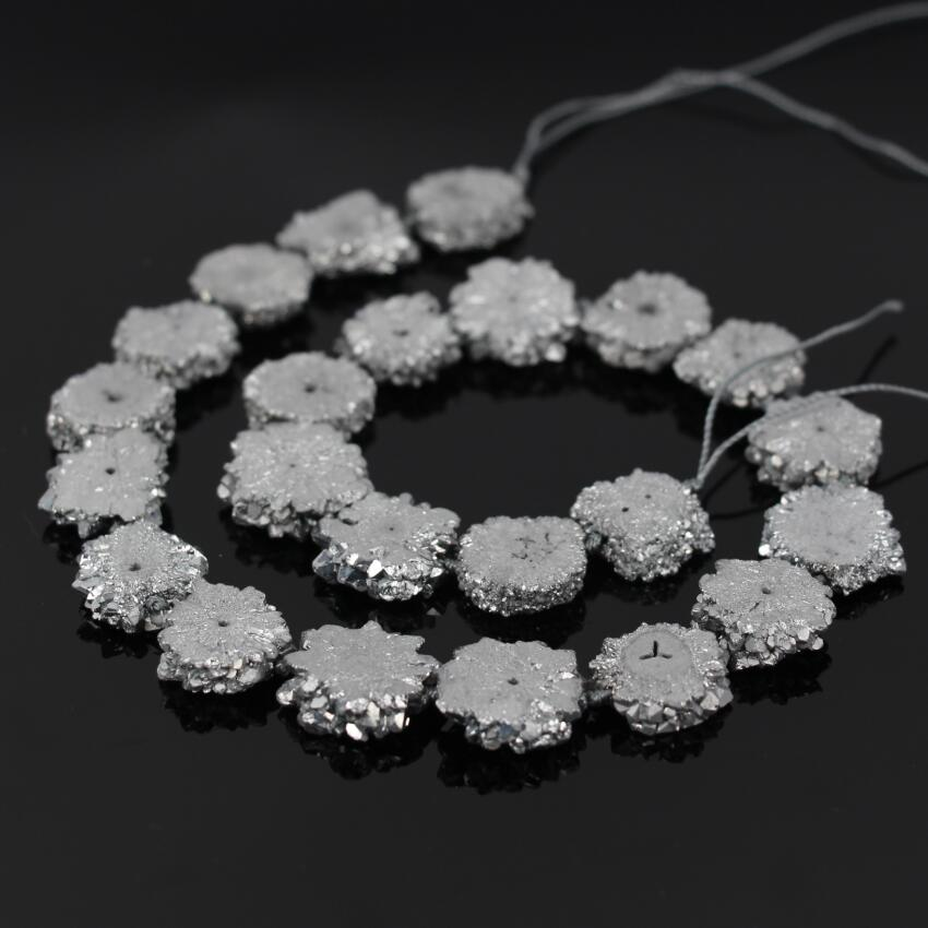 AAA Grade 15.5Strands Titanium Silver Druzy Quartz Geode Flower Beads,Raw Crystal Drusy Slab Round Pendant Beads Jewelry Making