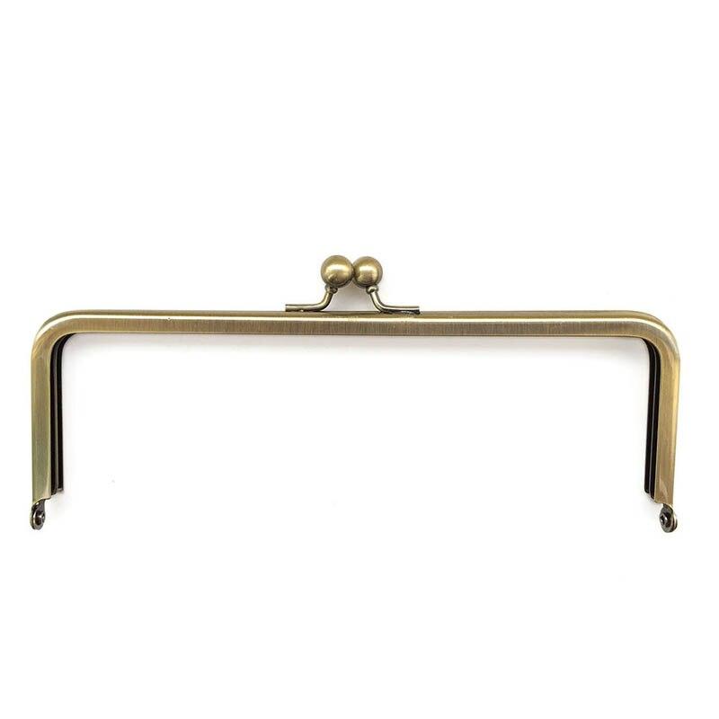 6 x 3 inches (15 x 7.5 cm) - Antique Brass Clutch Purse Frame