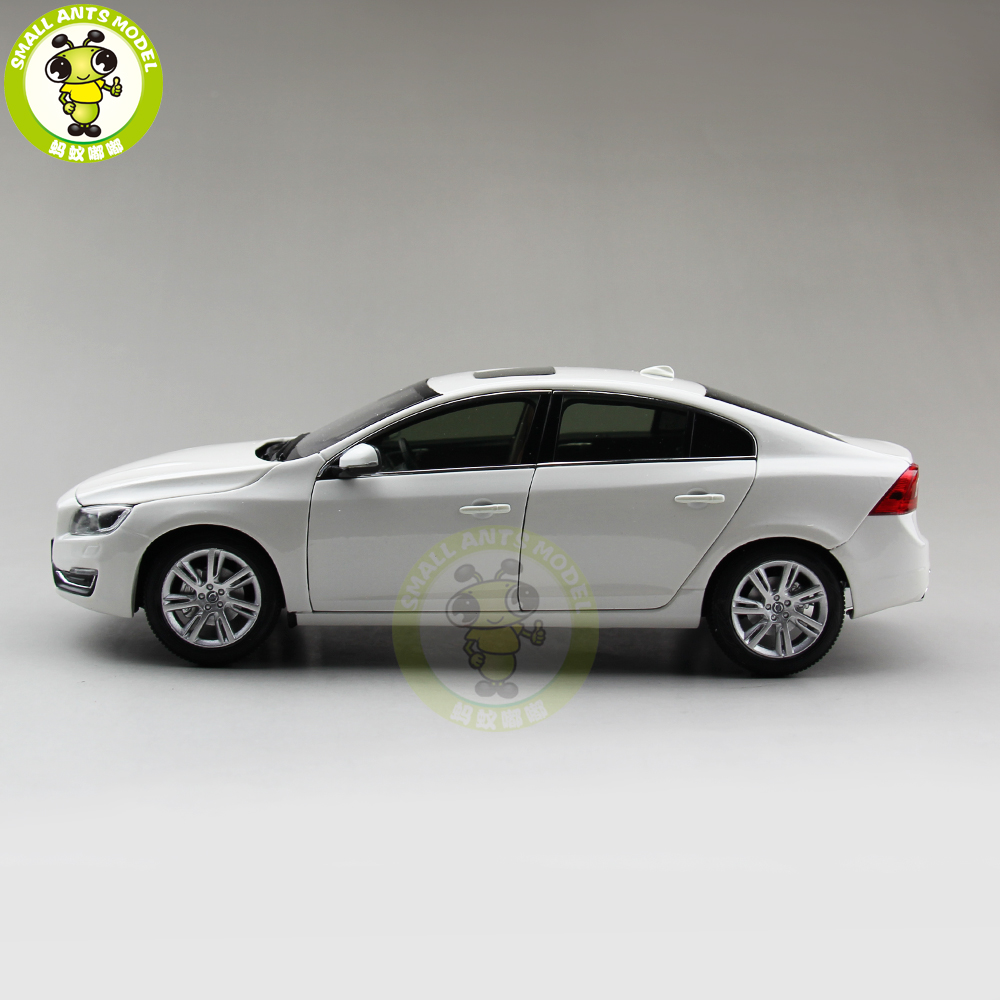 1/18 Volvo S60 S60L T5 Diecast Model Car Boy Girl Birthday Gift collection Hobby White Color