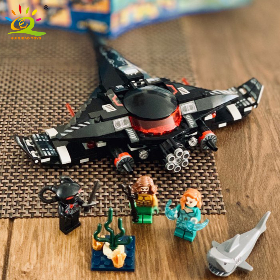 232pcs Black Manta Fight Aquaman Building Blocks Compatible Legoed Marveled Avengers Super Hero Figure Airship Toys For Children