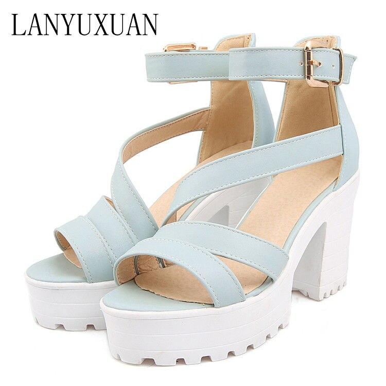 где купить Big Size Summer Sandals Women 2017 Platform Female Thick Heel High Heels Peep Toe Sandals Shoes Women Sandalias Plataforma 9935 по лучшей цене