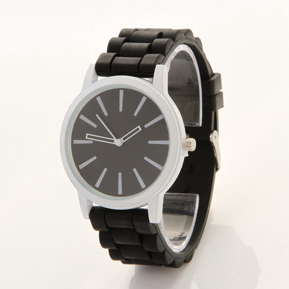 Women Fashion Bracelet Watches Simple Black Silicone Dress Quartz Wrist Watch Casual Ladies Sport Vintage Clock Christmas Gift