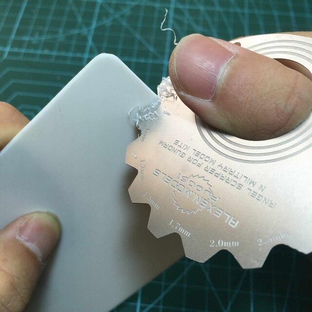 Resin Models Gundam Type Cambered Surface Edge Repair Tools DIY Necessary Edge Horn Repair Knife Modeling Hobby Craft Accessory Model Building Kits TOOLS Gender: Unisex