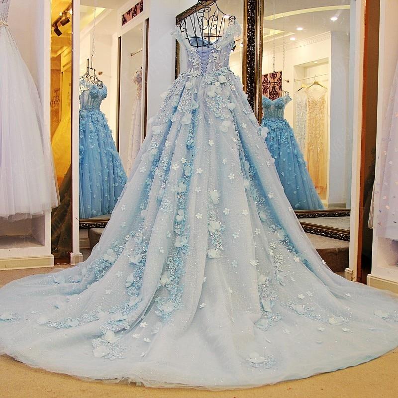 Dubai pretty bridal dresses 2017 floral pearl wedding for Cheap wedding dresses in dubai