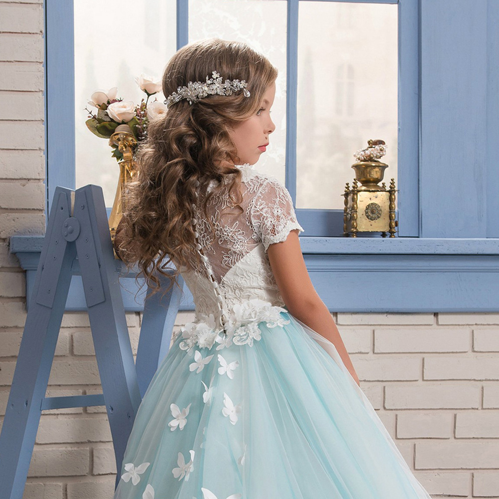 0 12 Stunning Sleeveless Holy Communion Dresses Cream Kids Floor Length  Ruffles Lace Satin Tulle Ball Gowns Girls Birthday Dress-in Dresses from  Mother ... c2f9e1a82cea