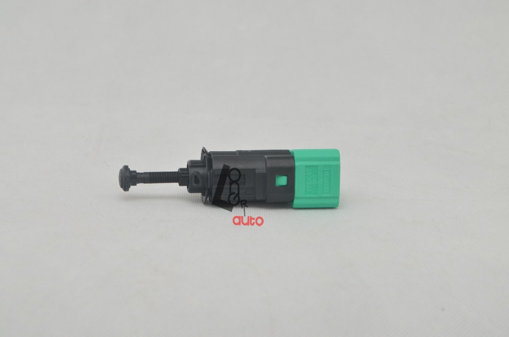 Peugeot 307 Brake Light Switch: Aliexpress.com : Buy Brand New 453465 Brake Light Switch For PEUGEOT 207/  307/ 308/ 407 Switch from Reliable switch connector suppliers on Maylin  Autoparts,Lighting