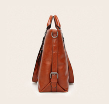 Fashion Women Handbag PU Oil Wax Leather Women Bag Large Capacity Tote Bag Big Ladies Shoulder Bags WH15