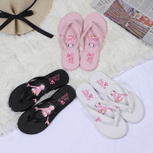 2018 new summer slippers ladies outdoor flip flops flat sandals and students