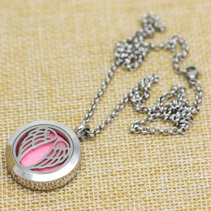Angel Wing Aromatherapy Essential Oils Stainless Necklace Perfume Diffuser pendant Locket With chain and 10pcs Felt pads