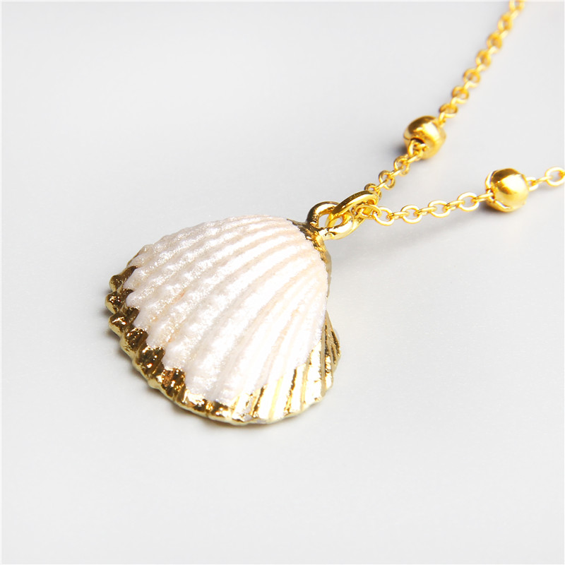 2019 Shell Gold Chain Necklace Boho Beach Summer SeaShell Choker Pendant Necklace For Women Femme Jewelry Bohemian Collier in Pendant Necklaces from Jewelry Accessories
