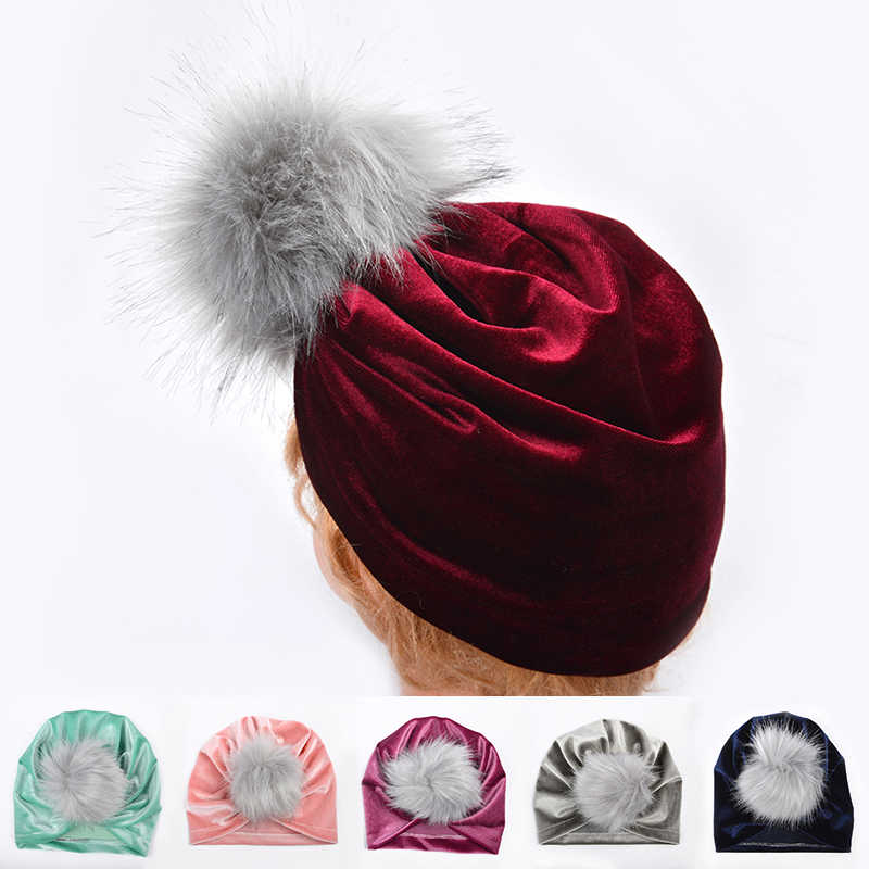 หมวกเด็กฤดูหนาวผ้าโพกศีรษะ Pompom กำมะหยี่ทารกแรกเกิดหมวกเด็กทารกหมวกหมวกเด็ก bonnet enfant การถ่ายภาพ Props เด็ก muts