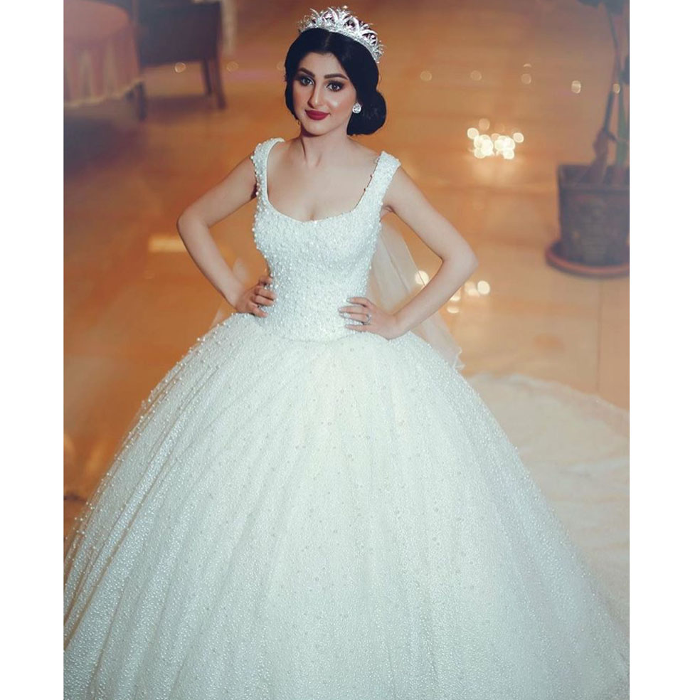 Lace Wedding Gown Designers: Designer Robe De Mariee Square Neck Beaded Pearls