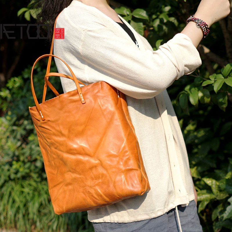 AETOO Retro Manual Original hand-held ladies' ladies' casual leather, leather skin, and old skin. hand held rsg 100atc 0 32