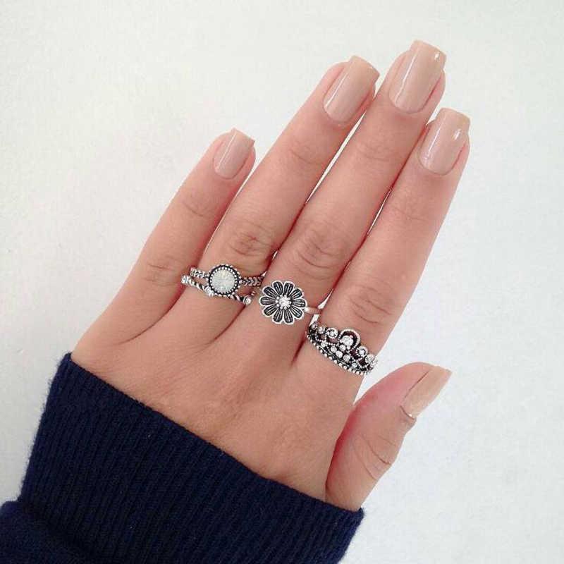4ชิ้น/เซ็ตเผ่าเงินมงกุฎดอกไม้โอปอลแหวนวินเทจของผู้หญิงสลักอัญมณีแหวนชุดสร้างสรรค์ของขวัญวันเกิดพรรค