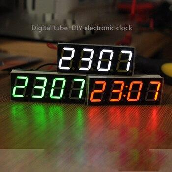 1f39ba06f098 Kit de bricolaje Digital de 4 Bits LED reloj electrónico microcontrolador  LED reloj Digital tiempo termómetro MCU voltaje tiempo de temperatura