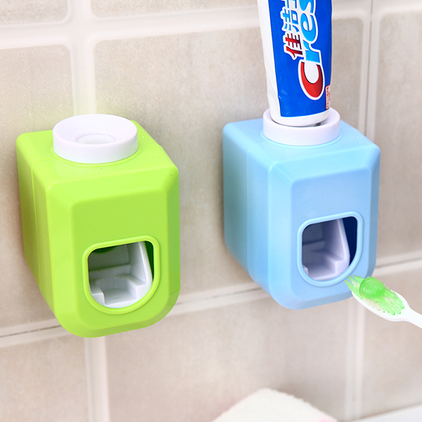 Creative lazy automatic toothpaste dispenser bathroom accessories multifunctional toothpaste squeezer bathroom orgainzer