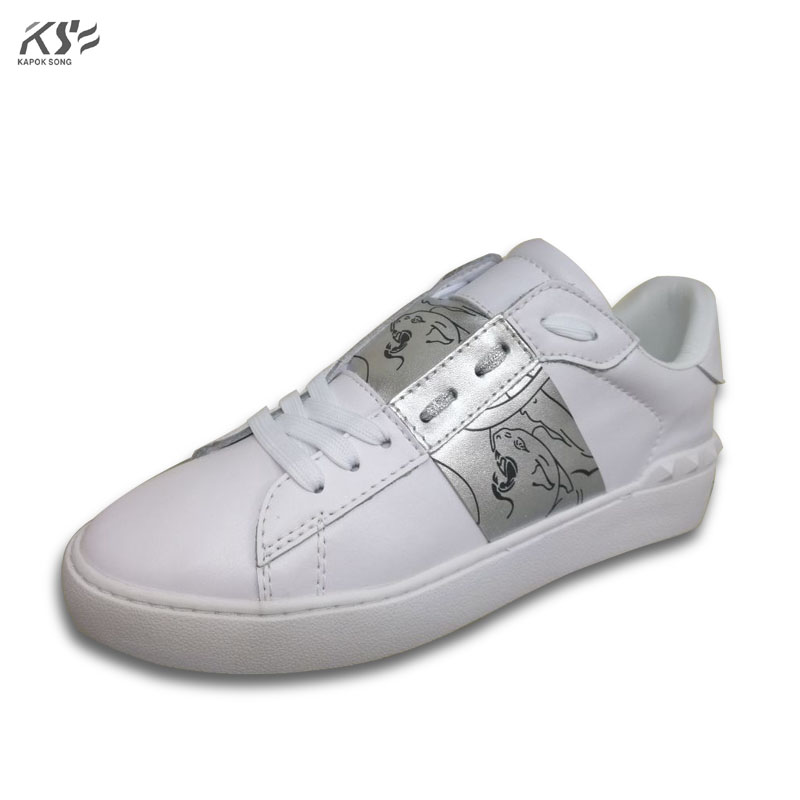 sneaker women really leather flats luxury brand v designer shoes casual shoes new fashion model confortable shoes sharp rivet women sneaker cow really leather flats luxury brand designer shoes casual shoes new fashion model confortable shoes lady