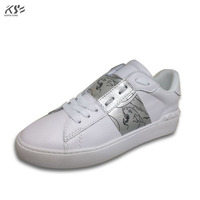 Sneaker Women Really Leather Flats Luxury Brand V Designer Shoes Casual Shoes New Fashion Model