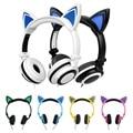 2017 Glow Lindo Con Cable Auriculares Auriculares Del Oído de Gato para Niñas Led Orejas de Gato Niños Luminosos Auriculares con luces Audio Casque