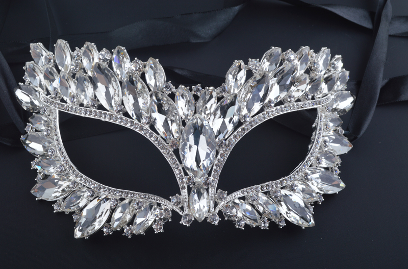 Luxury Half Face Silver Plated Crystal Mask Zinc alloy Metal white Big Rhinestone Mask for Masquerade Mask Jewelry cross style zinc alloy rhinestone women s earrings white golden pair