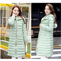 2017 Recién llegado de invierno mujeres abrigo de cuatro colores de algodón con capucha larga sección caliente chaqueta delgada de corea del todo-fósforo de moda abrigos de invierno