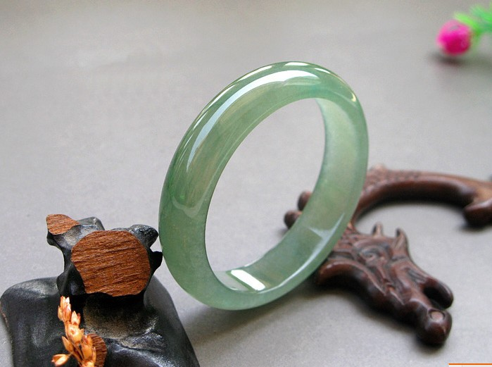 Natural yu bracelet burma yu bracelet light green yu bracelet ice types aqua все цены