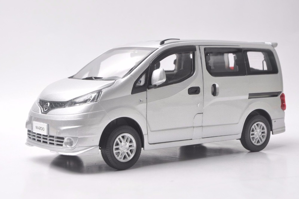 1:18 Diecast Model for Nissan All New NV200 Vanette Silver MPV Alloy Toy Car Miniature Collection Gifts 1 18 diecast model for volkswagen vw all new touran l 2016 brown mpv alloy toy car miniature collection gifts
