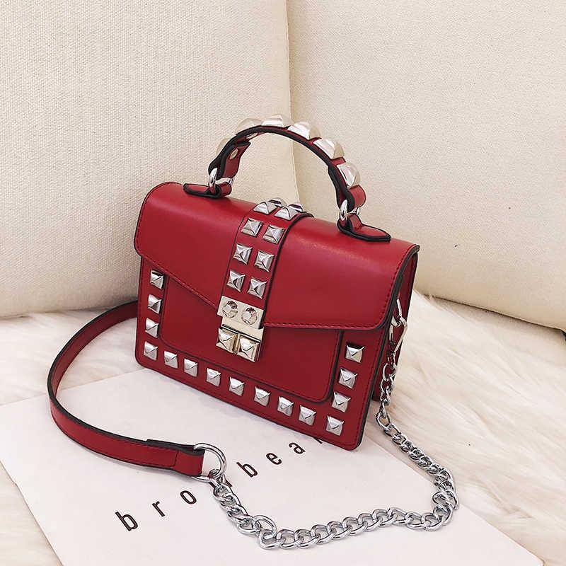 DAUNAVIA sac à bandoulière sac de messager femmes mode Rivet dames Pu cuir rabat sac femme sac à main chaîne rouge croix corps sacs