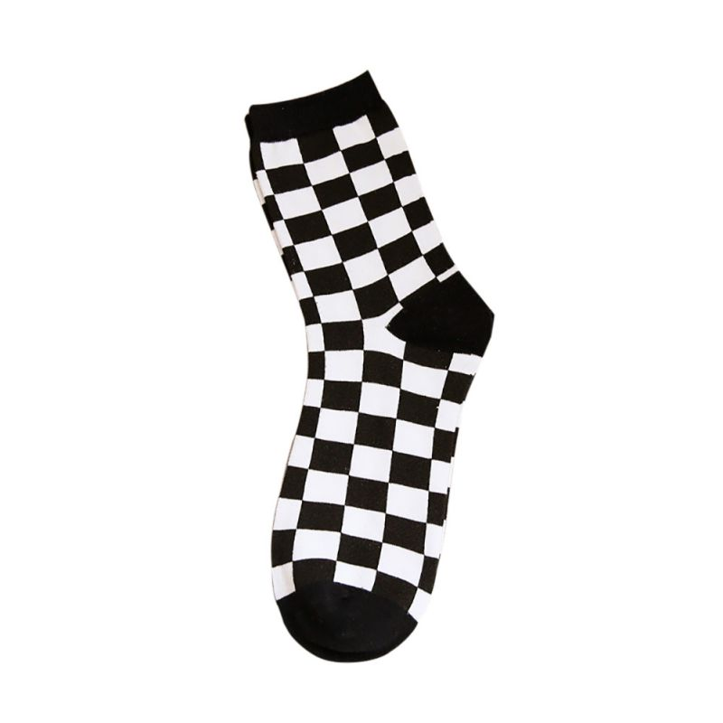 1 pair New Women Men sport Black White Plaid camping Socks 5 Styles