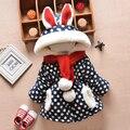 2 unids ropa de bebé y el invierno del bebé engrosamiento prendas de vestir exteriores niña chaquetas wadded capucha zanja bebé del algodón del clothesack