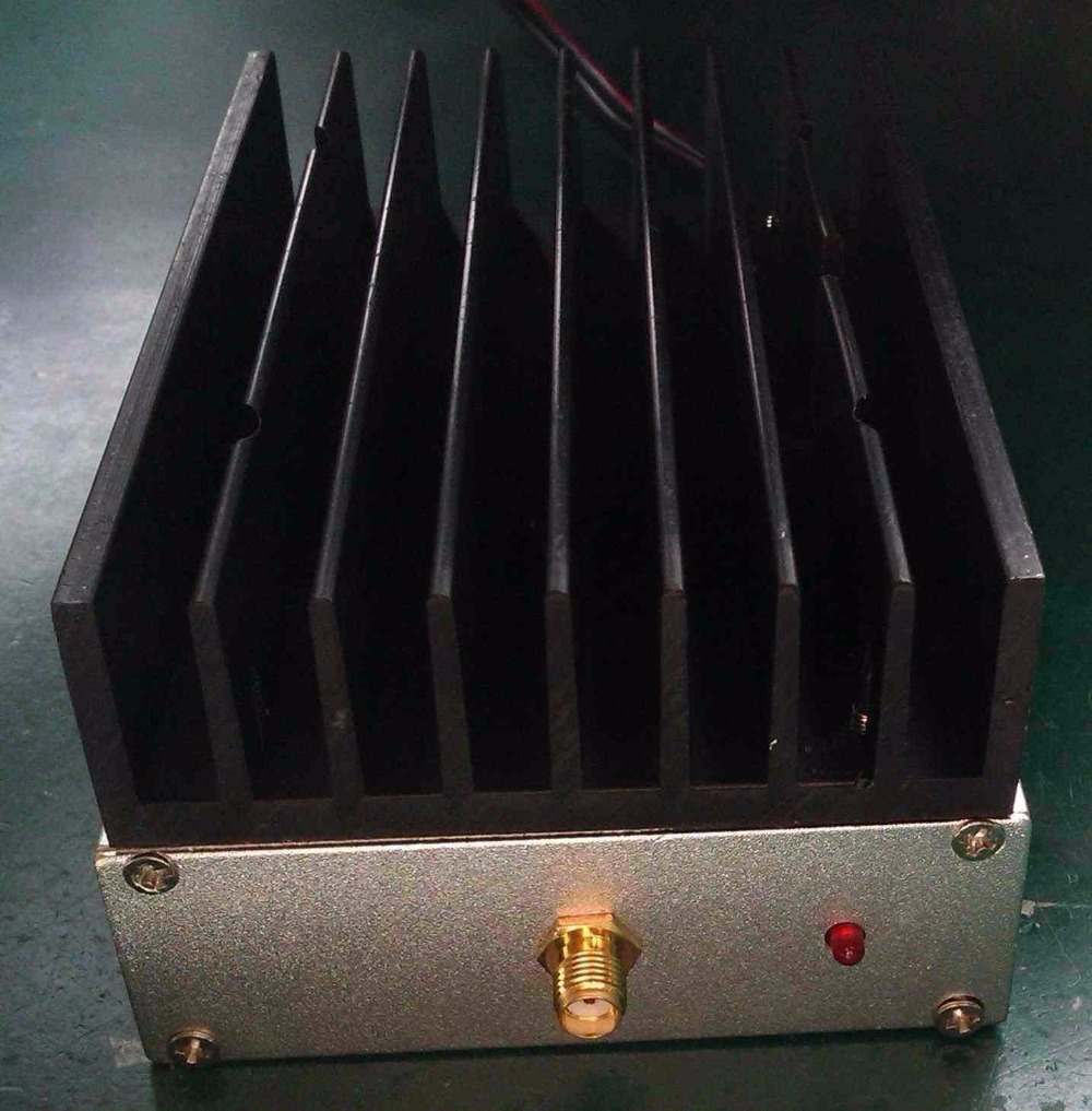 1pcs 25W 400MHz 470MHz UHF Ham Radio Power Amplifier transceiver 12V Interphone CAR